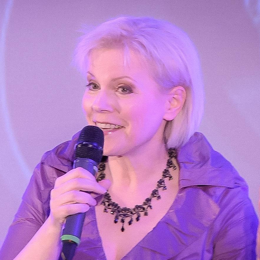 Beatrice Freeman speaker comedian opera singer cybersecurity marketing at Great British Speakers