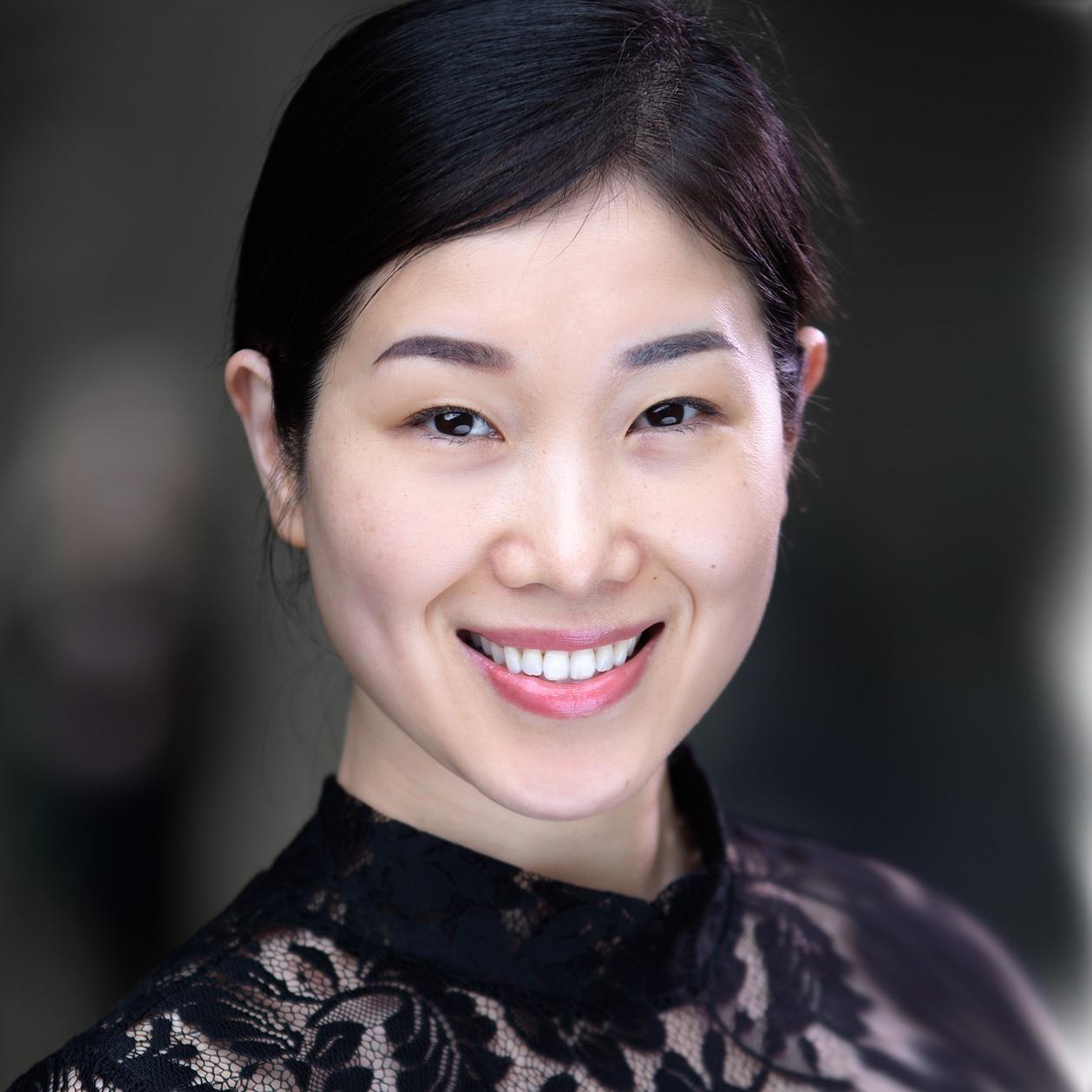 Fen Fen English Chinese Manderin TV presenter at Great British Presenters