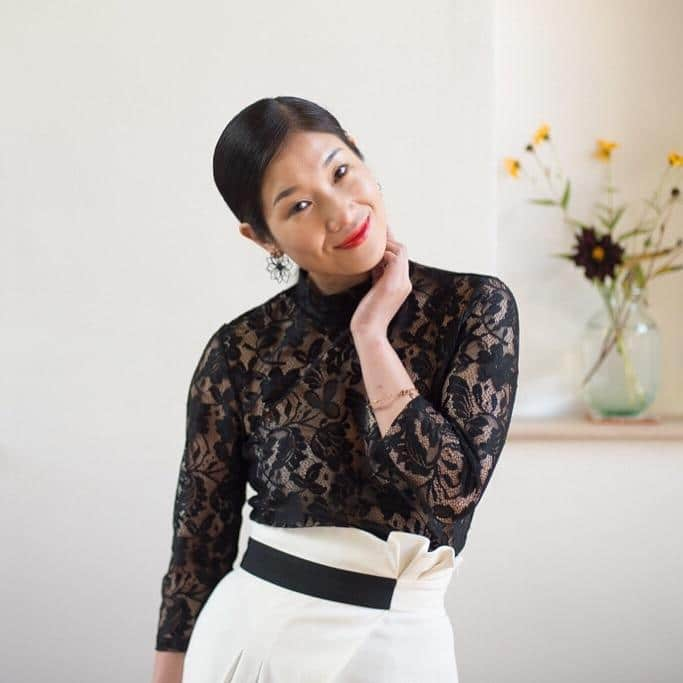 Fen Fen English Chinese Mandarin TV presenter at Great British Presenters