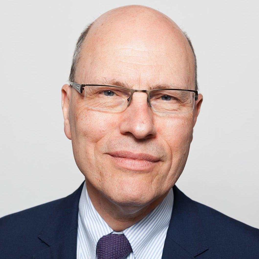 Joshua-Rozenberg-QC-Journalist-Lawyer-legal-expert-Speaker-at-Great-British-Speakers