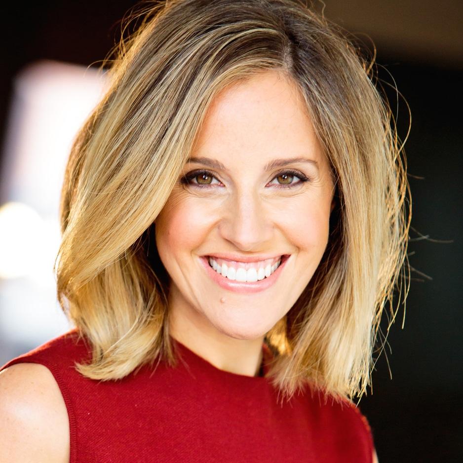 Louise-Houghton-professional-international-presenter-host-at-Great-British-Presenters