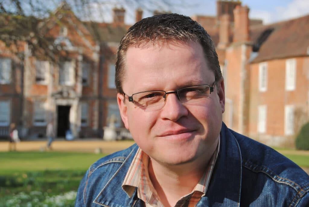 Martin Parsons gardening history presenter at Great British Presenters