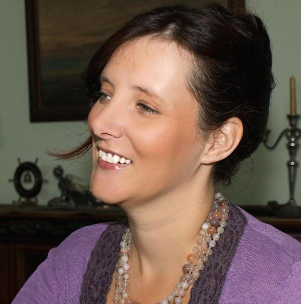 Rebecca_Hall_Blogger_Travel_Personal_Development_expert_at_Great_British_Speakers