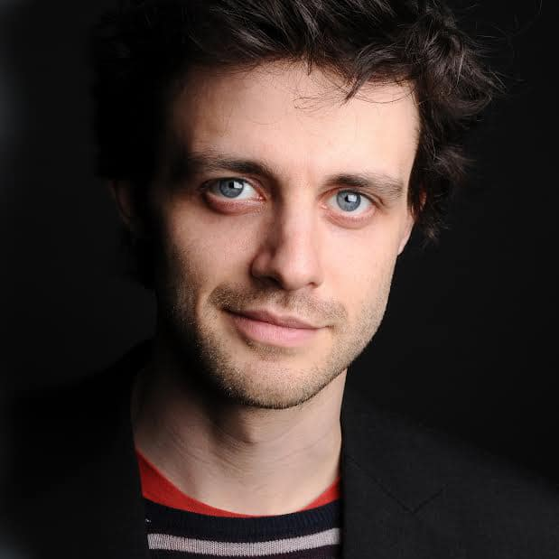 Steve-Mould-Science-Presenter-comedy-geeky-speaker-host-at-Great-British-Speakers