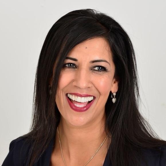 Ruby-Malik-Business-motivational-keynote-speaker-at-Great-British-Speakers