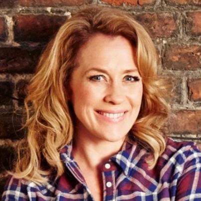 Sarah Beeny property developer presenter entrepreneur at Great British Speakers
