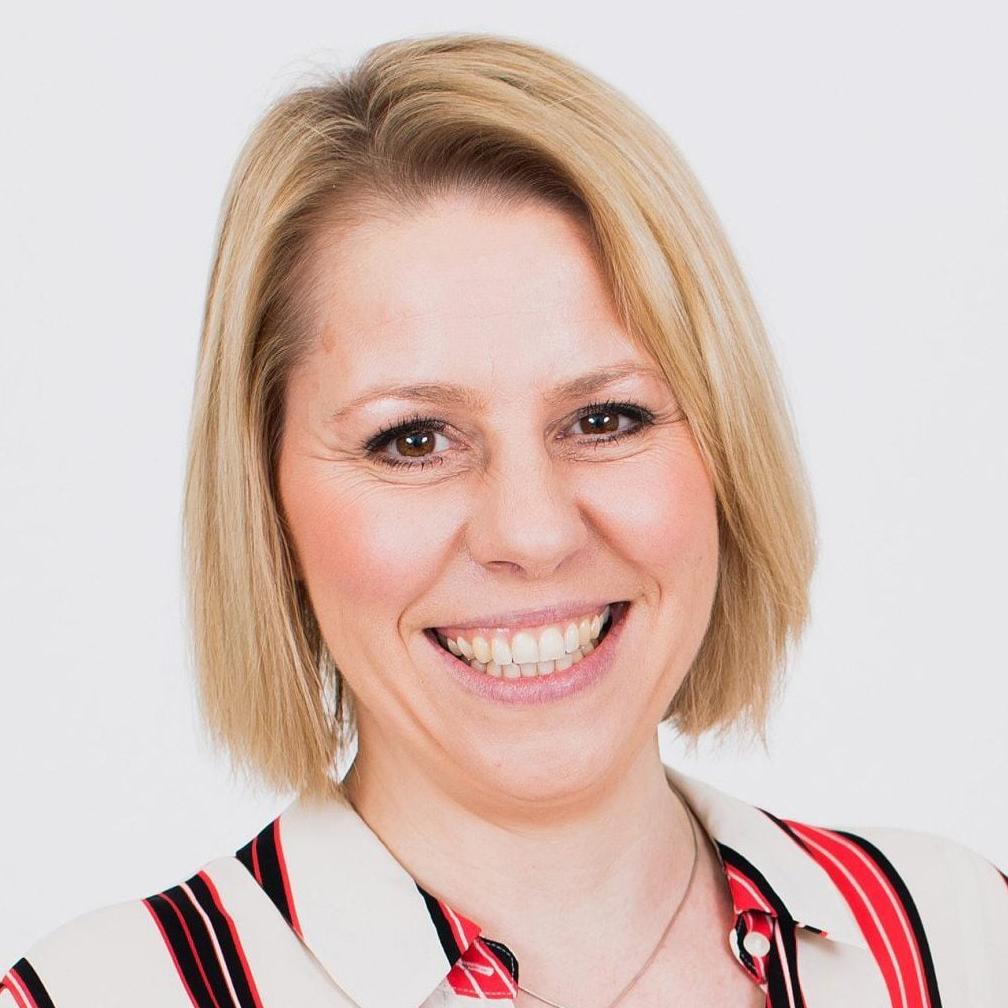 Danni Hewson BBC Business Economics journalist presenter speaker AJ Bell at Great British Speakers