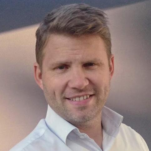 Matt Beadle Bilingual English German International Moderator host MC Presenter book at agent Great British Presenters
